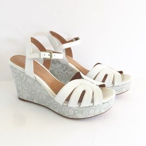 Clarks | Amelia Page White Silver Floral Wedges 9